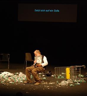 Valstybinis jaunimo teatras: VYŠNIŲ SODAS. PASKUTINIS KIRTIS Rež.Kristian Smeds (Suomija)